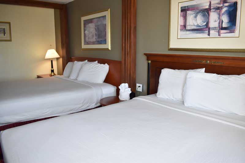 Hotels With Jacuzzi In Room Kansas City Mo