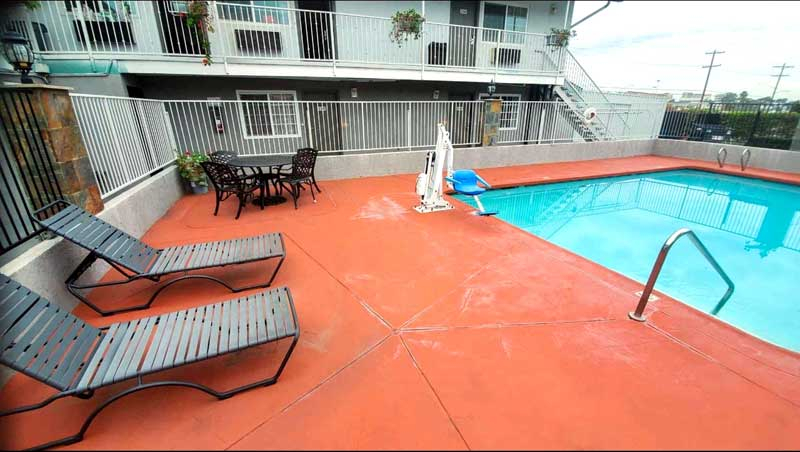 Year Round Outdoor Pool Budget Affordable Hotels Motels in National City California Cassia Hotels