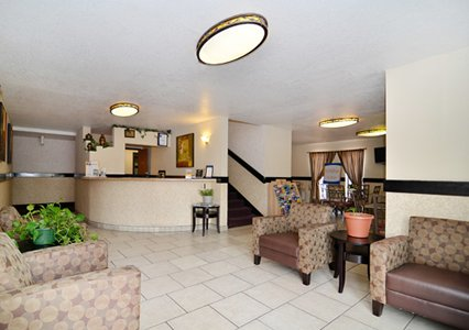 Newly Remodeled Comfortable Amenities Lodging Accommodations Comfort Inn Espanola * WiFi Business Travelers Business Center Espanola NM