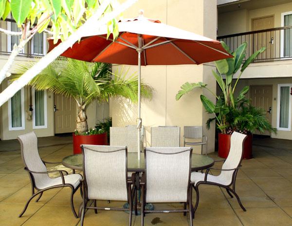 Courtyard meeting Place Hotels Lodging Comfort Inn Legoland