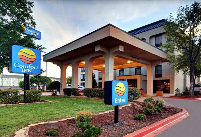 Photo Gallery Comfort Inn Sheppard Air Force Base Wichita ...