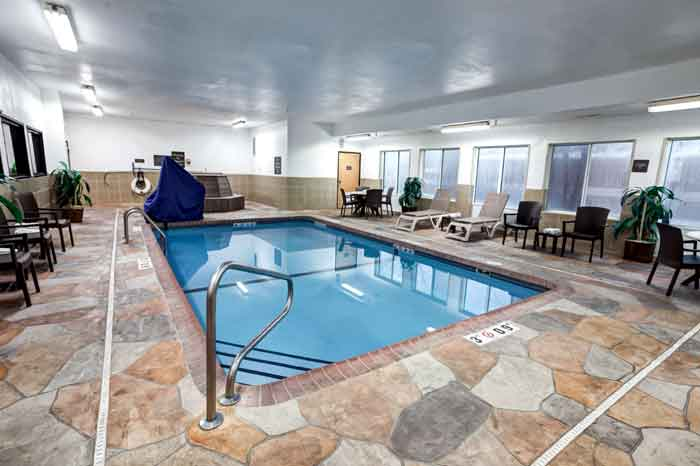 Indoor Heated Pool Comfort Suites Liberty MO