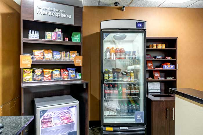Snack Bar Convenience Indoor Heated Pool Hot Breakfast Free Truck Bus Parking Hotels Motels Lodging Comfort Suites Liberty Kansas City