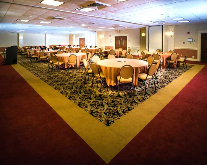 Weddings meetings Pet Friendly Hotels Motels lodging Cottonwood Suites Louisville kentucky
