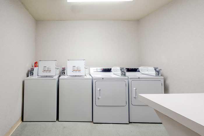 Laundry Room Gym Cottonwood Suites Boise