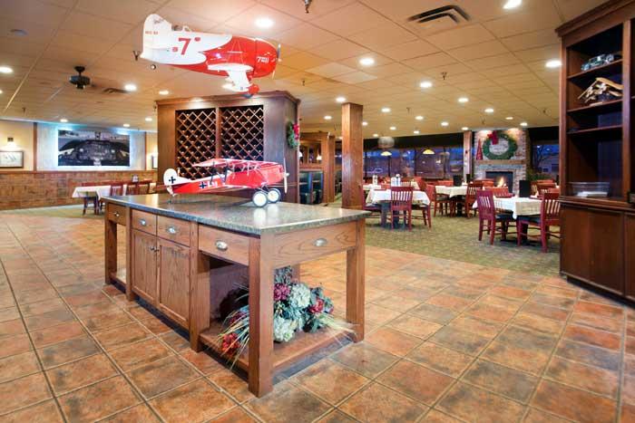 Ryans Hanger Restaurant Cross Roads Hotel Huron