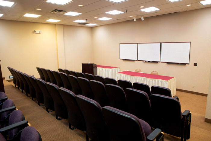 Weddings Meetings Classes 17 Rooms 34,00 Feet of Meeting Space Crossroads Hotel Event and Conference Center Huron SD South Dakota