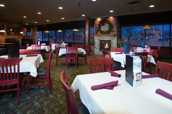 Ryans Lounge Restaurant Cross Roads Hotel Huron South Dakota