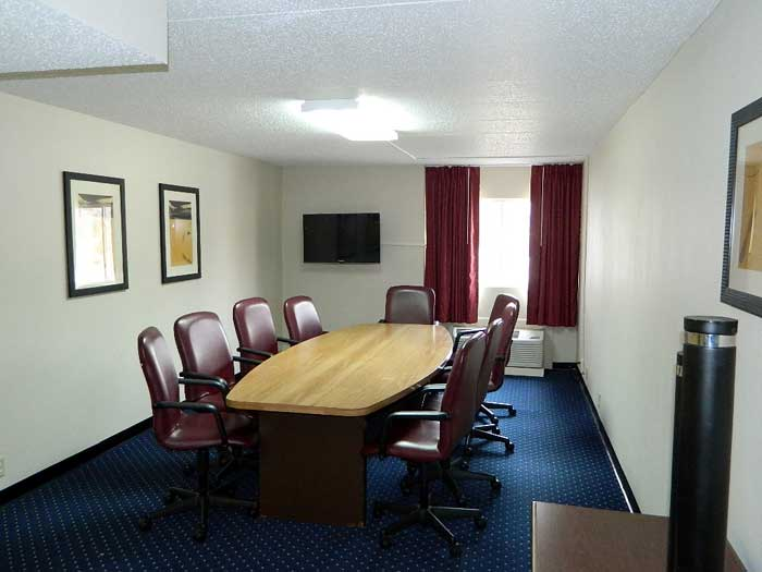 Budget Hotels Motels Meeting Room Banquet Facilities Weddings Lodging Days Inn La Crosse Wisconsin