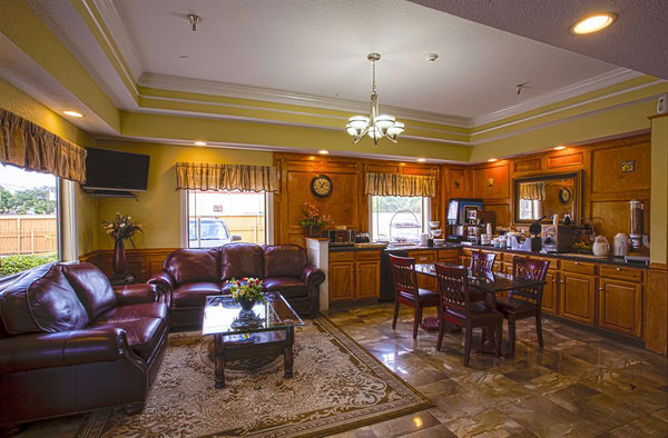 Buetiful Lobby in Hobby Texas Hotels Motels Lodging Budget Affordable Accommodations