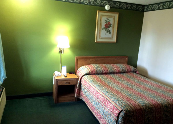 Ozark Mountains Hotels Motels Lodging Accommodations Budget Affordable
