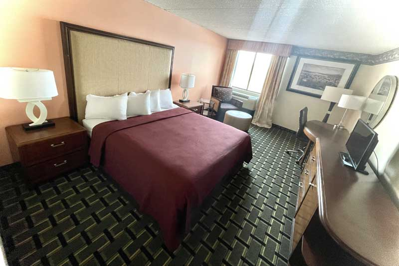 Indoor Spa Indoor Pool Sauna Hotels Motels lodging Accommodations Budget Affordable Clean Newly Remodeled Hotels Motels Lodging East Cleveland Ohio Wickliffe