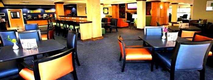 Free Hot Continental Breakfast Cheap budget Discount Hotels Motels Lodging Fairfield Inn and Suites kansas City Missouri