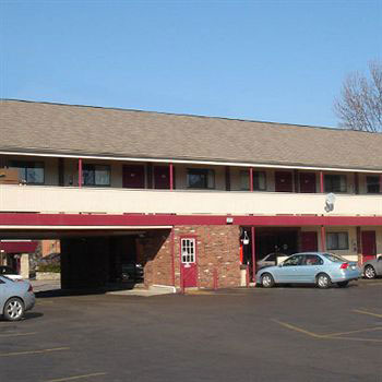 Budget Affordable Discount Cheap Hotels Motels in Columbus Downtown Ohio German Village Inn