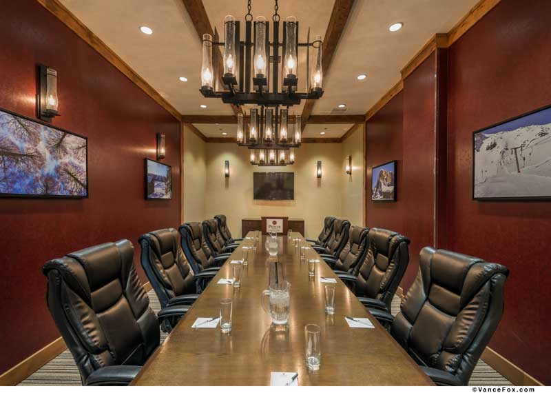 Vacation Rentals Condos Hilton Double Tree Board Room Hotels Motels Amenities Newly Remodeled Free WiFi Free Continental Breakfast Grand Lodge Ski Resort Bryce Zion National Park Brian Head UT * Reasonable Affordable Rates Amenities Hotels Motels Lodging