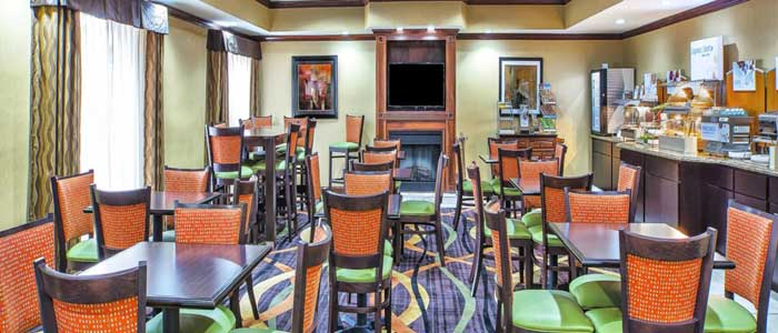 Business Travelers meeting Room Fitness Center Hotels Motels Lodging Holiday Inn Express Marysville OHIO