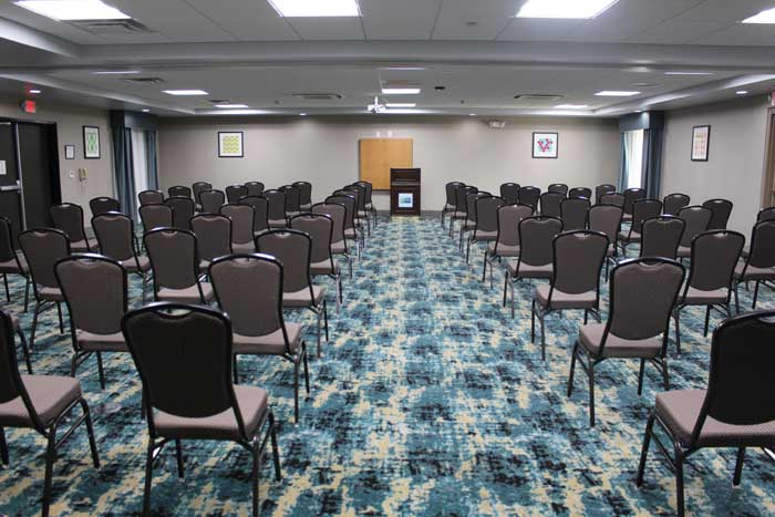 Meeting Room Business Travelers Budget Discount Cheap Hotels Motels Lodging in Shawnee Kansas City Holiday Inn Express