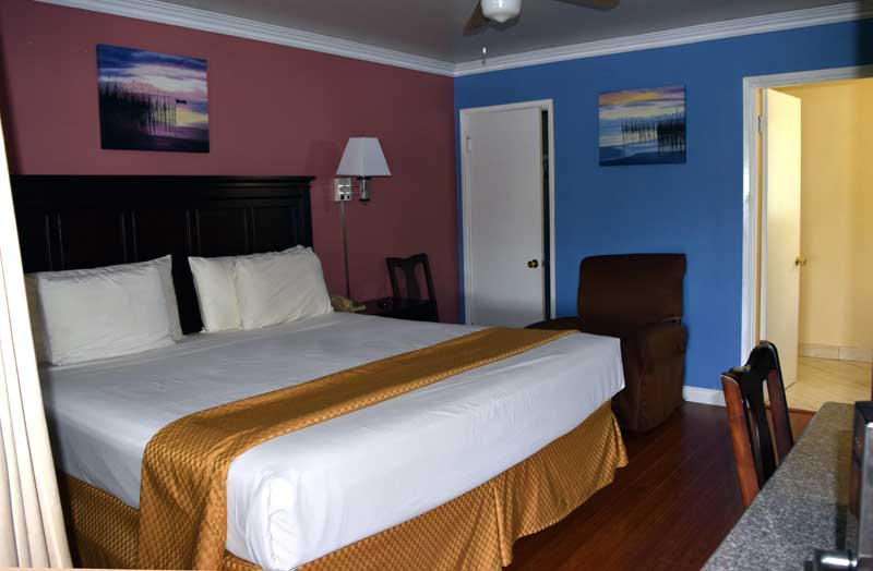 Budget Affordable Close to Beaches Kitchens Extended Stay Santa Barbara Hotels Motels lodging