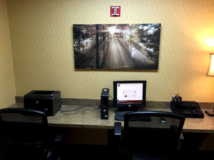 Business Center Indoor Pool Year Round Business Travelers Discount Lodging Hotels Motels Hilliard Suites Best Western Comfort Inn Lodging Pet Freindly Dogs Welcome