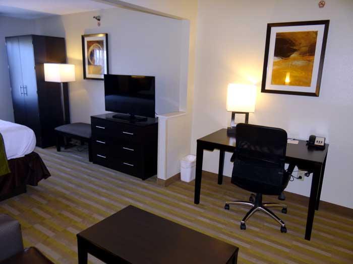 rooms hilliard suites best western columbus hilliard ohio. Black Bedroom Furniture Sets. Home Design Ideas