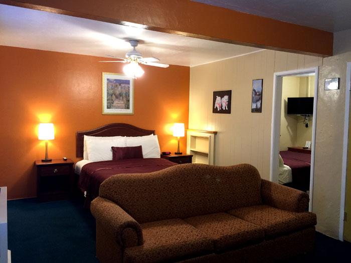 University Holland Inn Suites Morro Bay California CA Hotels