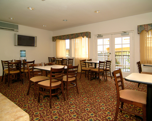 Meeting Room Hotels Motels Amenities Newly Remodeled Free WiFi Free Continental Breakfast Lamplighter Inn Downtown Cal Poly San Luis Obispo CA Reasonable Affordable Rates Amenities Hotels Motels Lodging Accomodations Great Amenities San Luis Obispo Califo