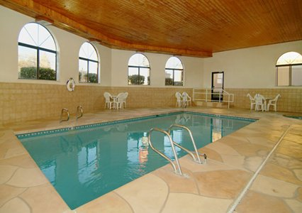 Indoor Pool Travelers  Amenities lodging Hotels Accommodations lodging Budget Santa Fe NM * Econo Lodge Hotels Motels Budget Santa Fe New mexico