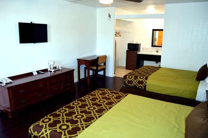Newly Remodeled Rooms Budget Affordable Accommodations Lodging Musicland Hotel Palm Springs California