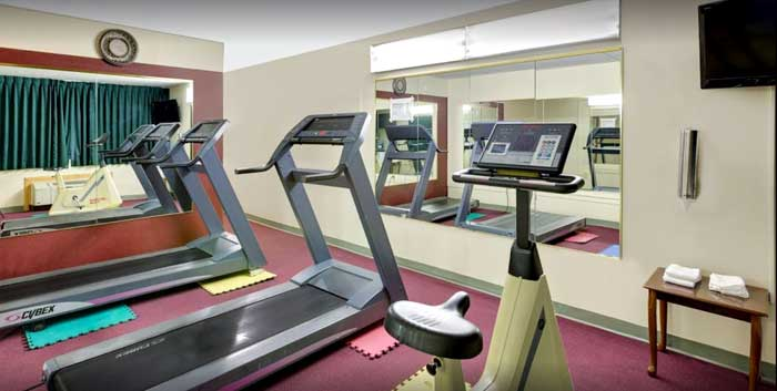 Fitness center Hotels Motels Amenities Newly Remodeled Free WiFi Free Continental Breakfast Norwood Inn and Suites Worthington MN Reasonable Affordable Rates Amenities Hotels Motels Lodging Accomodations Great Amenities Worthington Minnesota