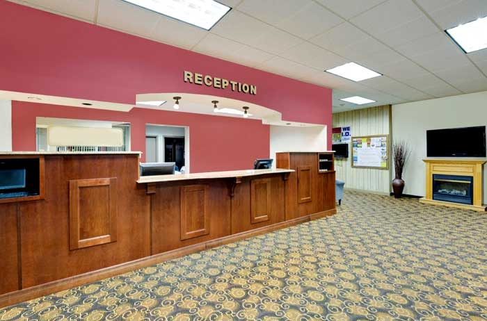 Free WiFi Free Parking Bus Trucks Hotels Motels Amenities Newly Remodeled Free WiFi Free Continental Breakfast Norwood Inn and Suites Worthington MN Reasonable Affordable Rates Amenities Hotels Motels Lodging Accomodations Great Amenities Worthington Minn