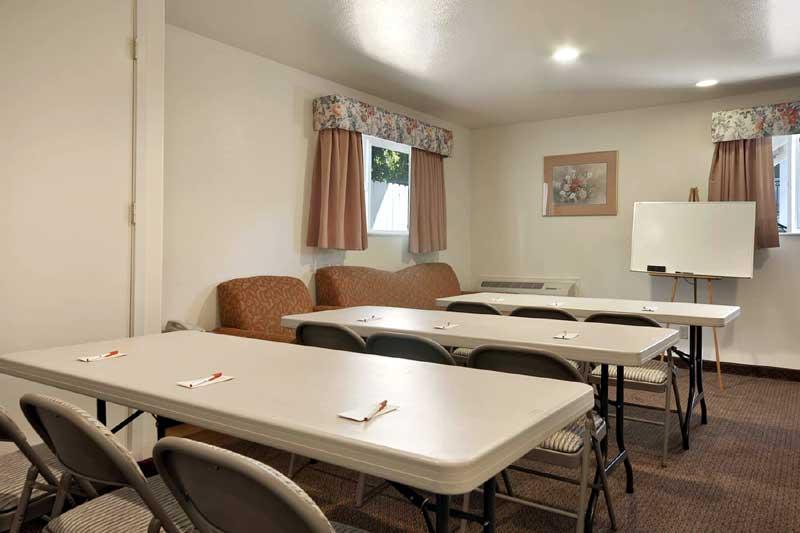 Meeting Room Ramada Olive Tree Inn San Luis Obispo Ca.