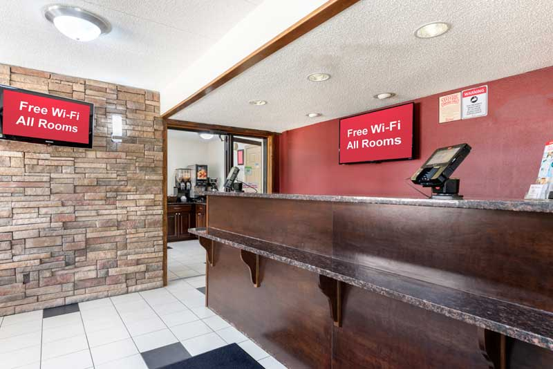 Free WiFi Free Parking Bus and Truck Red Roof Inn Lafayette Indian