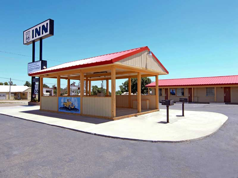 Barbeque Area Hotels Motels Amenities Budget Affordable lodging Accommodations Clea Comfortable Route 66 Inn