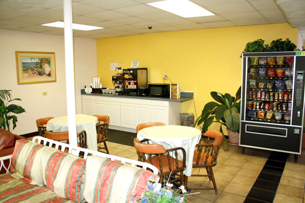 Free Continental Breakfast Hotels Motels in Jacksonville FL. Florida Scottish Inn Jacksonville