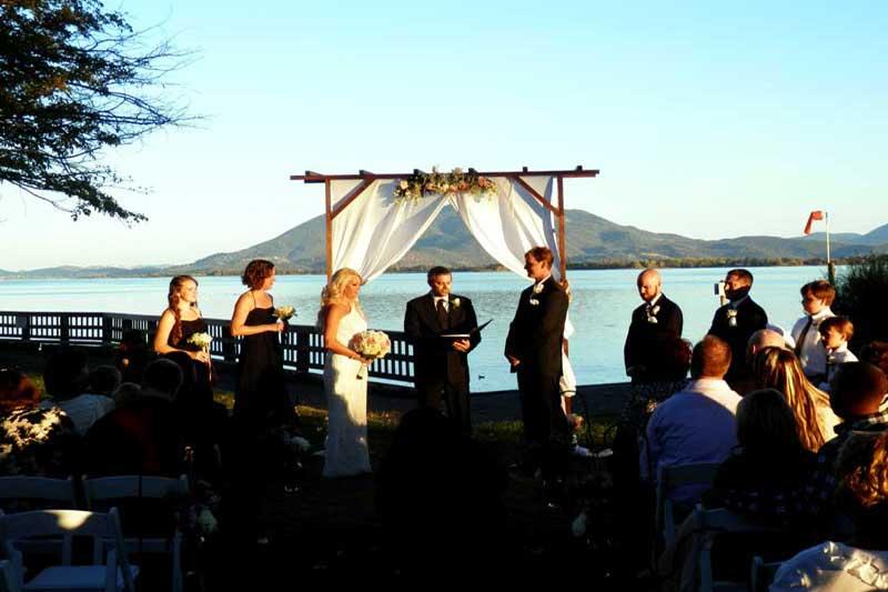 Wedding Chappel Skylarkshores Lakeport California Hotels Motels Accommodations Lodging