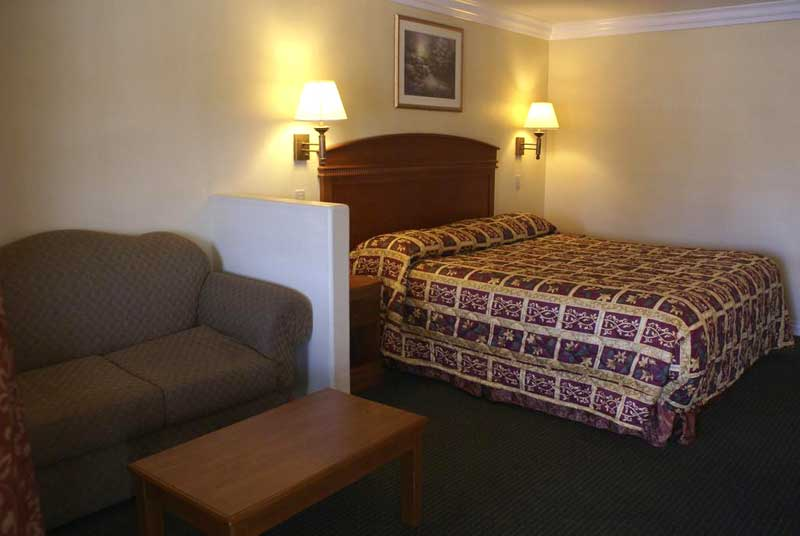 Hotels In Buena Park Ca Colony Inn Knotts Berry Farm Buena Park