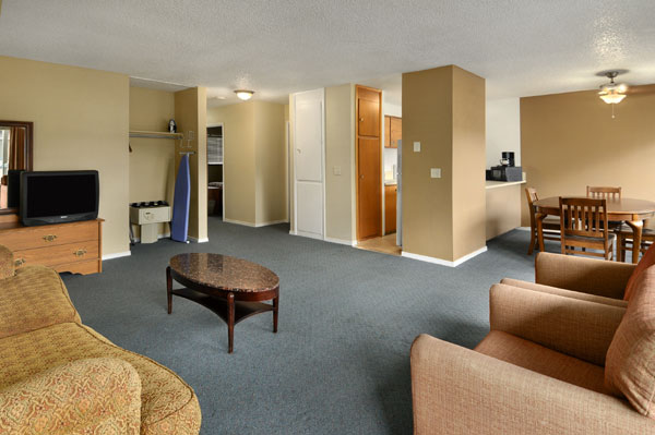 Cheap 2 Bedroom Apartments Hotels In Seattle Wa  Travelodge University  Seattle Washington