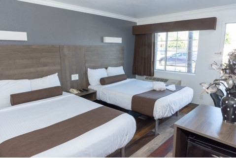 Newly Remodeled Rooms Lodging Value Inn Bellflower 24 Hour Desk