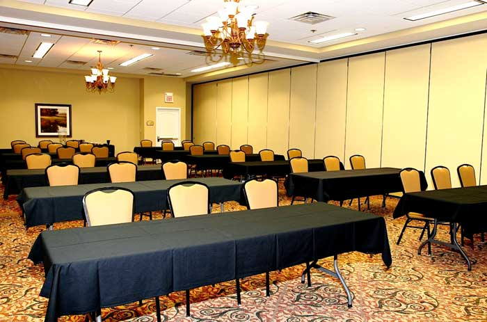Business Meeting Room Hotels Motels Amenities Newly Remodeled Free WiFi Free Continental Breakfast The Wildwood Hotel Boutique Wildwood MO Reasonable Affordable Rates Amenities Hotels Motels Lodging Accomodations Great Amenities Wildwood Missouri