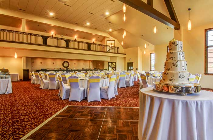 The Wildwood Hotel Missouri Boutique Hotel Motel Lodging Accommodations Budget Affordable Event Center Conference Center Wildwood MO Pet Friendly Family Suites