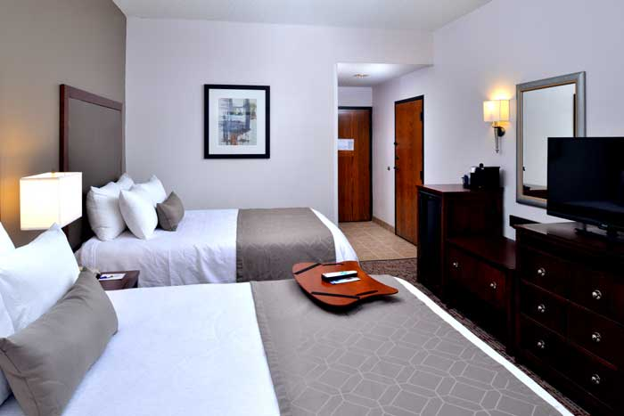 BEST WESTERN PLUS University Newly Remodeled Clean Comfortable Accommodations Lodging Business Travelers Family Suites with Indoor Spa Outdoor Pool Hot Breakfast Buffet
