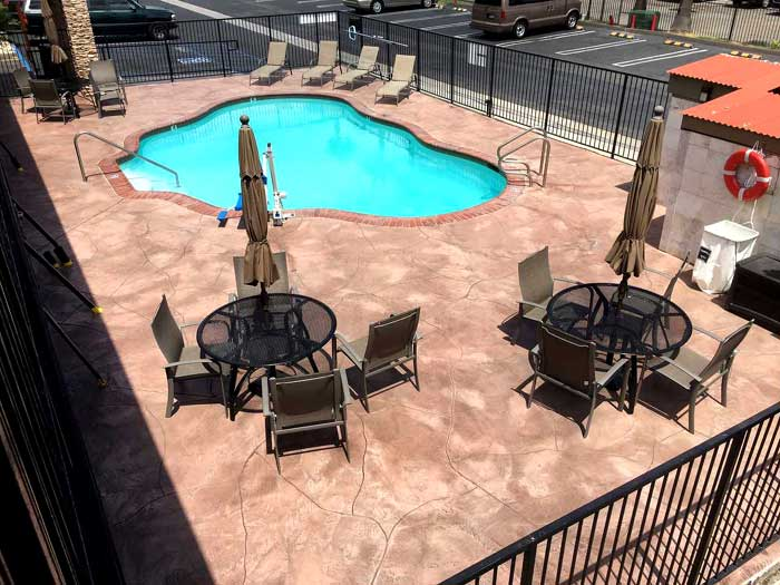 Seasonal Outdoor Pool with Free WiFi ADA Aceesible compliant Hotel in Escondido California Econo Lodge Inn and Suites