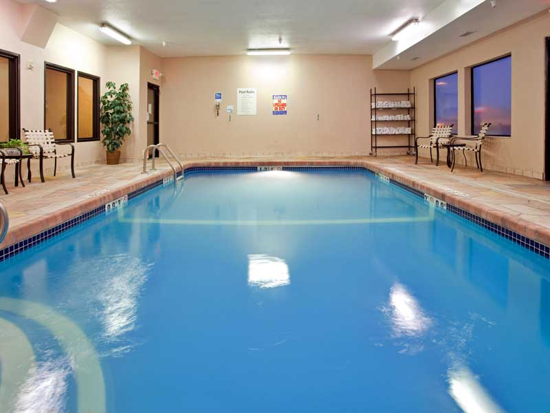 Indoor Heated Pool Holiday Inn Express Hotels Motels in Liberty Kansas Missouri