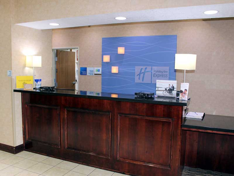 WiFi Hotels Motels Amenities Newly Remodeled Free WiFi Free Continental Breakfast Holiday Inn Express & Suites Liberty Kansas City MO Reasonable Affordable Rates Amenities Hotels Motels Lodging Accomodations Great Amenities Kansas City Missouri