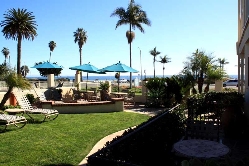 dining cabrillo inn at the beach santa barbara california. Black Bedroom Furniture Sets. Home Design Ideas