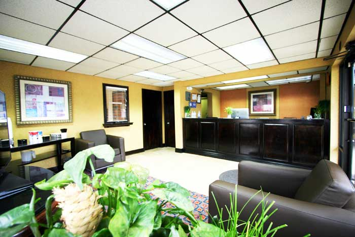 Lobby Stay Clean Newly Remodeled Hotels Motels Deluxe Inn Fayetteville NC