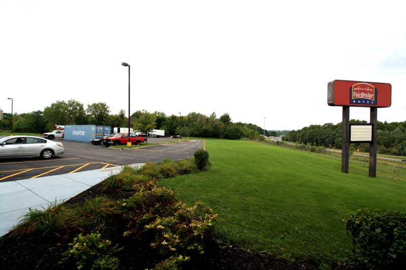 Truckers With Commercial Drivers License Will Get 10 On Stay Truck Parking Available No Minimum Required