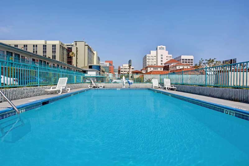 Year Round Pool Lodging Hotels Motels Affordable Downtown Los Angeles California * Travelodge Hollywood Vermont St Mann Chinese Theaters Hollywood Wax Museum