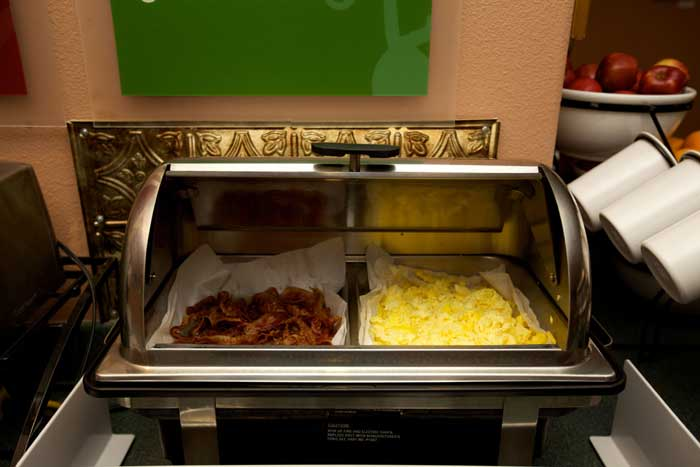 Hot Buffet Items Hotels Motels Amenities Newly Remodeled Free WiFi Free Continental Breakfast Lamplighter Inn Downtown Cal Poly San Luis Obispo CA Reasonable Affordable Rates Amenities Hotels Motels Lodging Accomodations Great Amenities San Luis Obispo Ca