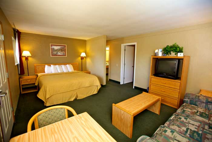 Family Suite Spa Meeting Room Motels Lodging Downtown SLO San Luis Obispo California